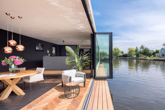 Bi-Folding Doors | Highline by Solarlux | Window types