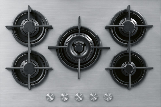Customized Stainless Steel Worktop With Integrated Gas Hob by Franke Kitchen Systems | Hobs