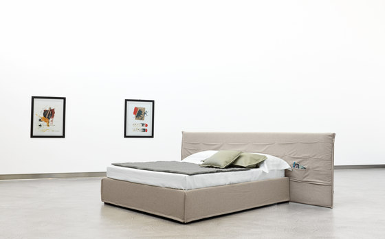 Tasca Large by CASAMANIA & HORM | Beds