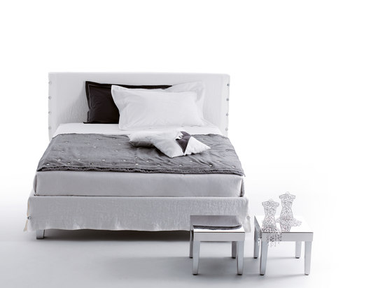 White by CASAMANIA & HORM | Beds