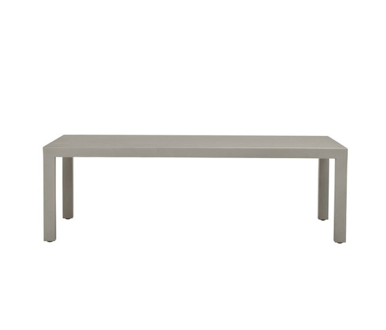 DUO SOLID TOP COCKTAIL TABLE RECTANGLE 122 de JANUS et Cie | Tables de repas