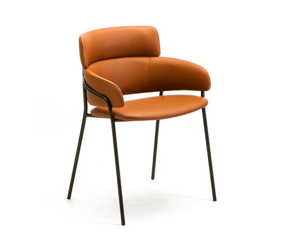 Strike by Arrmet srl | Chairs