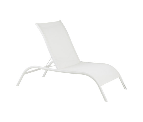 Ondulat RECLINING ARMCHAIR by Point | Garden armchairs