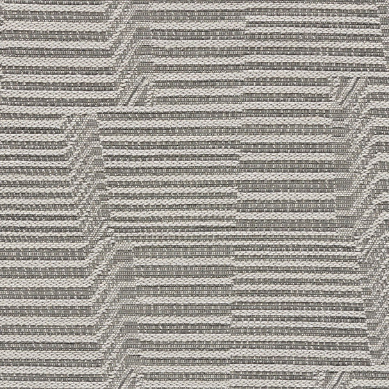 Seismic Shift | Aluminum von Luum Fabrics | Möbelbezugstoffe