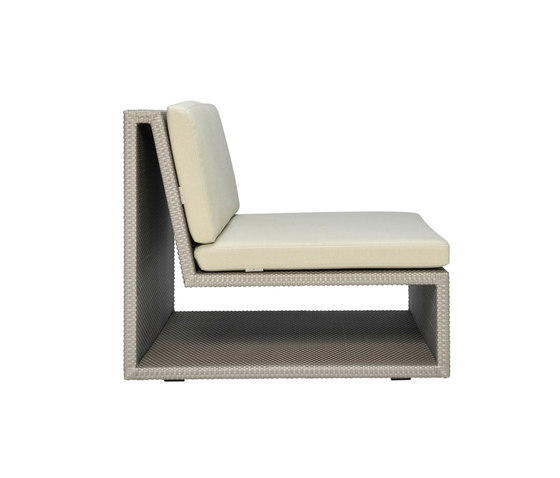 SEE! OPEN MODULE CENTER WIDE by JANUS et Cie | Modular seating elements