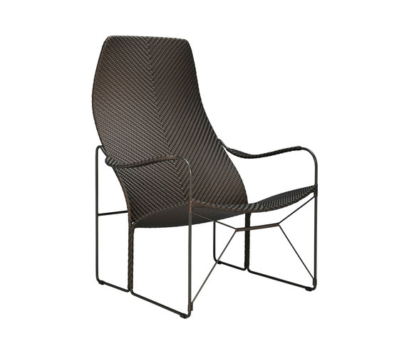 WHISKEY LOUNGE CHAIR di JANUS et Cie | Poltrone