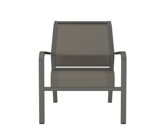 ZEPHYR LOUNGE CHAIR by JANUS et Cie | Garden armchairs