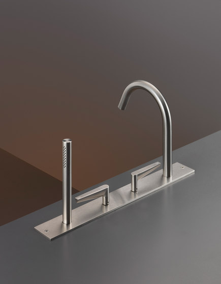 Free Ideas FLG27 by CEADESIGN | Shower controls