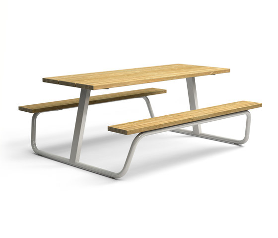 Berg Picnic table by Vestre | Tables and benches