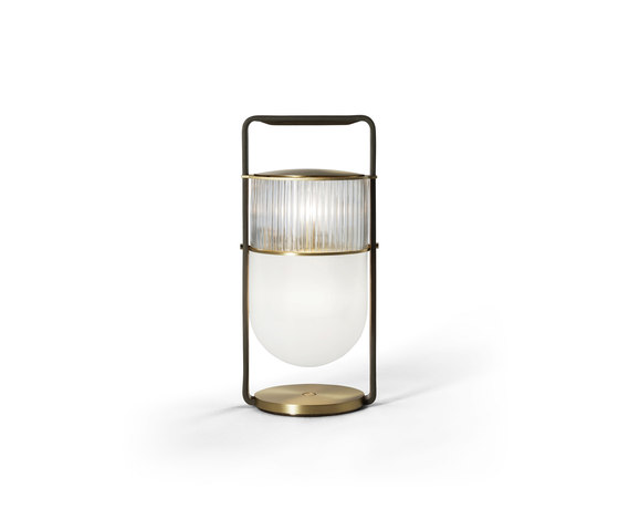 Xi by Poltrona Frau | Table lights