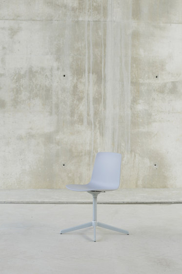 Lottus Confident Chair de ENEA | Sillas
