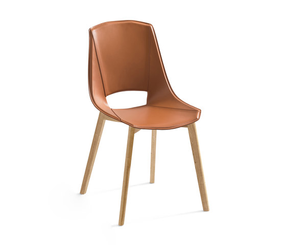 Eva 5 by Pointhouse | Chairs