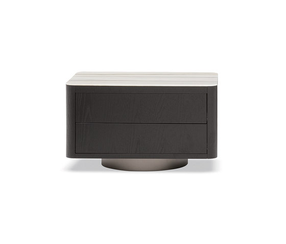 Milton by Minotti | Side tables