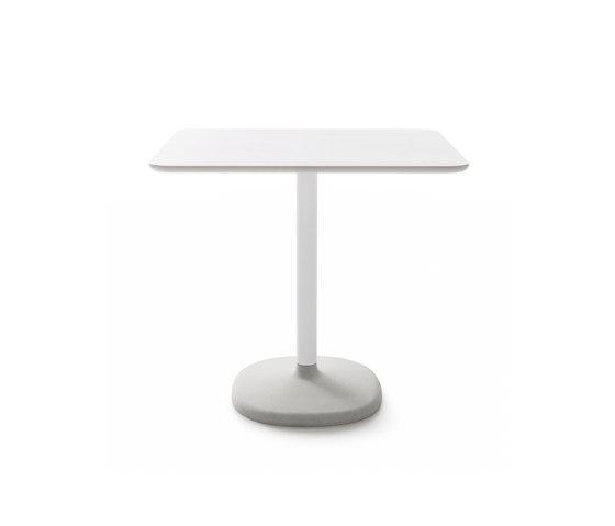 FONDA by B-LINE | Bistro tables
