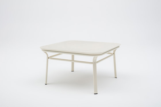 Grace by MDD   Coffee tables