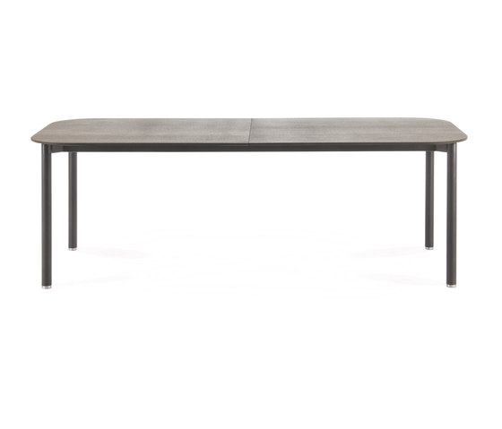 PIPER 030 extendable table by Roda | Dining tables