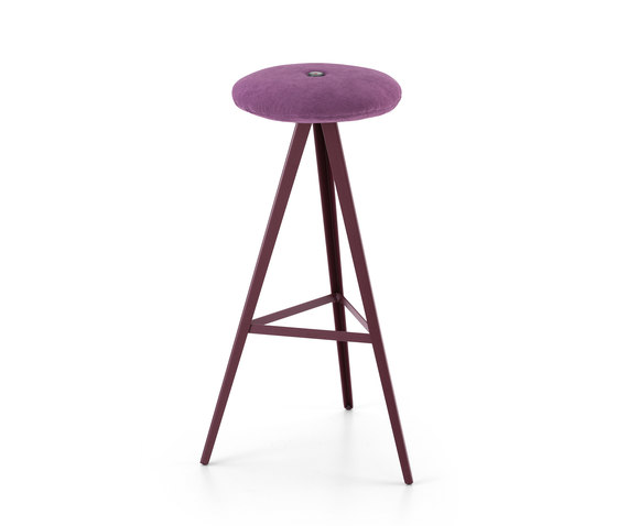 Aky Stool met 0122 h78 by Trabà | Bar stools