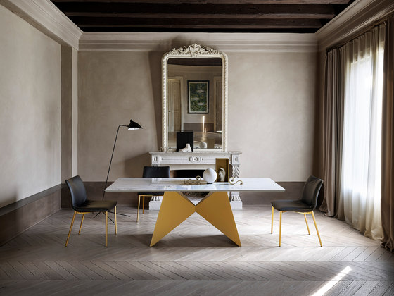 Gemini by Ronda design | Dining tables