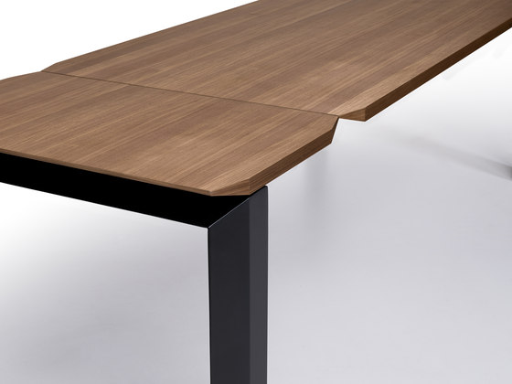 Panta Rei by Ronda design | Dining tables
