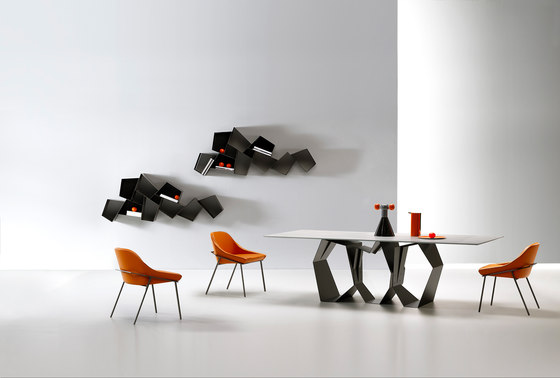 Quasimodo by Ronda design | Dining tables