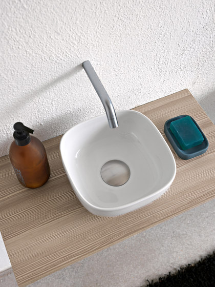 Glam | 22 by Scarabeo Ceramiche | Wash basins