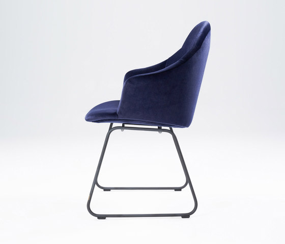 Versu by WON Design | Visitors chairs / Side chairs