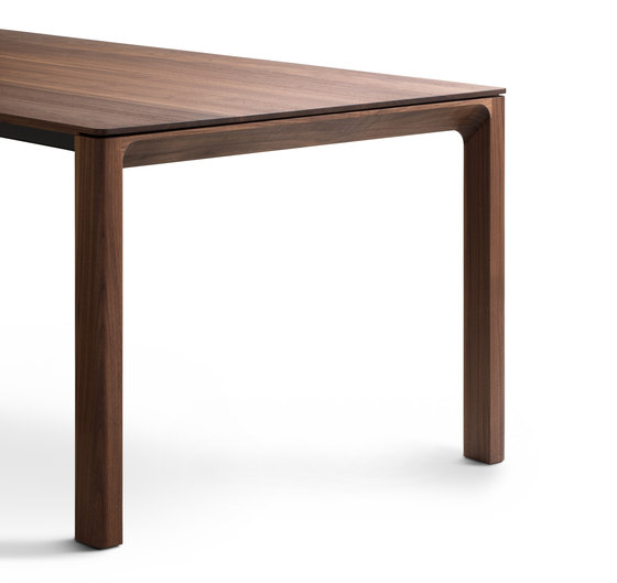 Porto Dining Table de Christine Kröncke | Mesas comedor