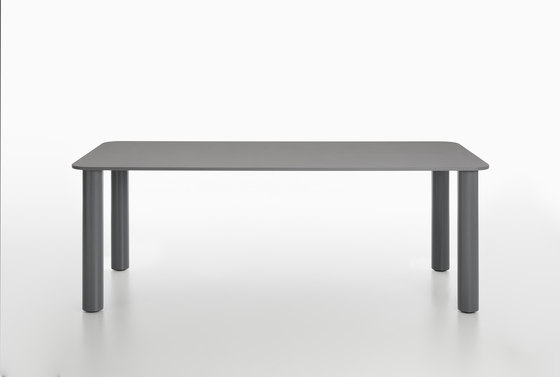 Marcuso | 2530 by Zanotta | Dining tables
