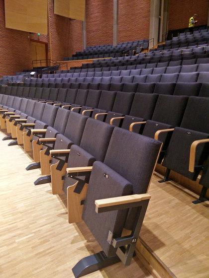 Folding Tables   Armrest table de Hamari   Butacas auditorio