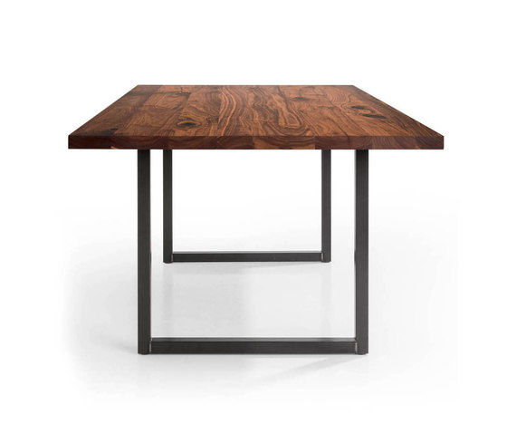 Tipo by MBzwo | Dining tables