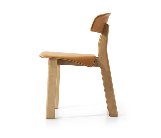 560 Back-Wing by Cassina | Chairs