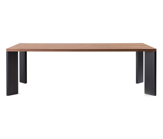 499 Ordinal by Cassina | Dining tables