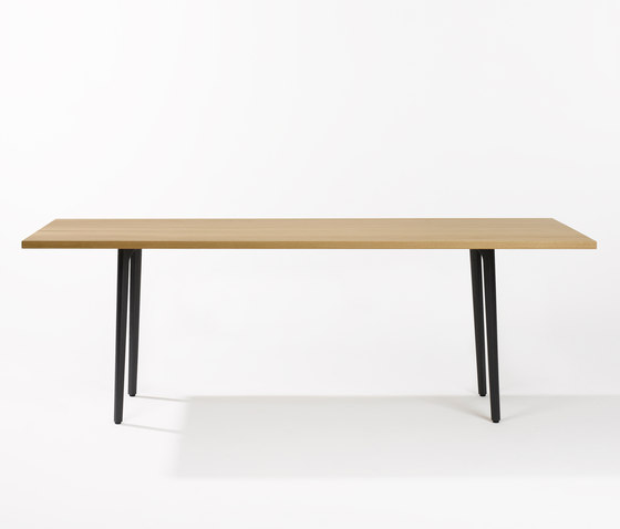podia t-1802 by horgenglarus | Dining tables