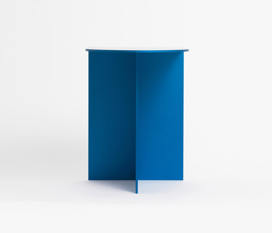 Dee Table Blue by tre product | Side tables