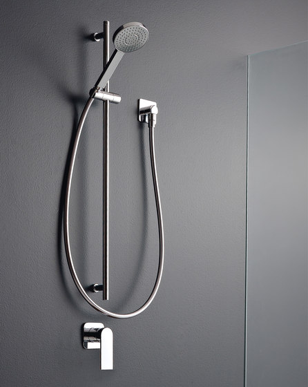 100 by Rubinetterie Zazzeri   Shower controls