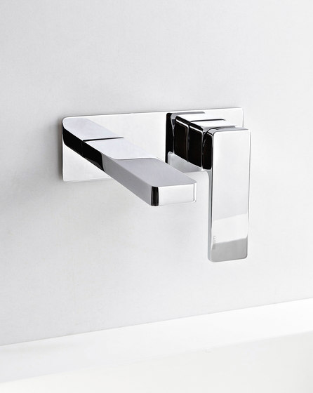 Qquadro by Rubinetterie Zazzeri   Wash basin taps