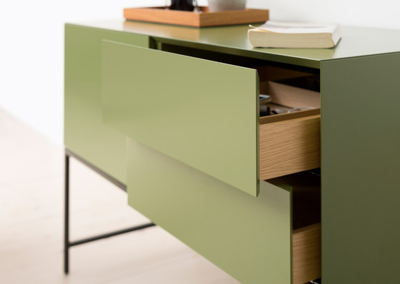 Vision Cabinets Atlas V709 by Pastoe | Sideboards