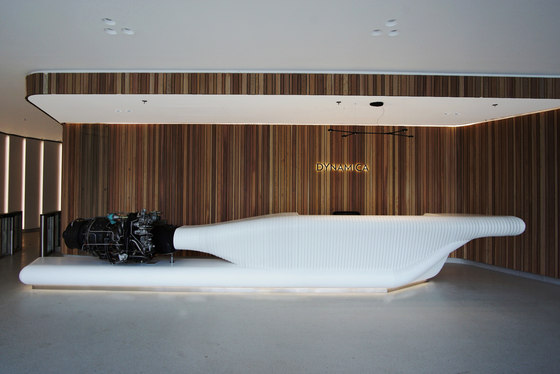 Dynamica reception desk de AMOS DESIGN | Comptoirs