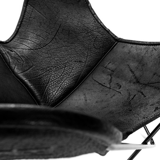 Hardoy | Butterfly Chair | Organic Buffalo Leather Pure Wild by Manufakturplus | Armchairs