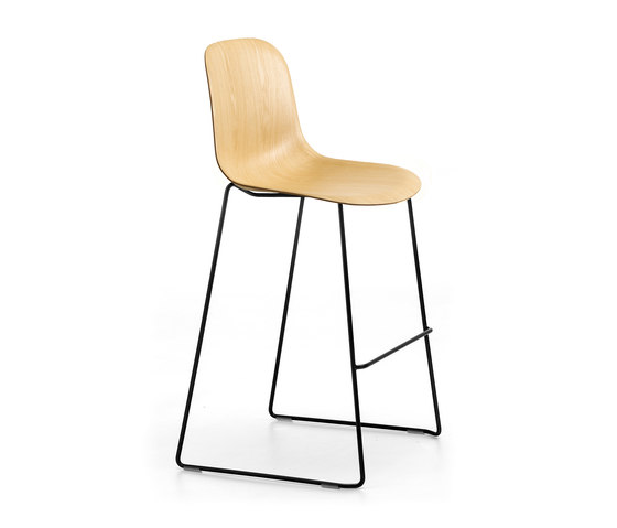 Máni Wood ST-SL by Arrmet srl   Bar stools