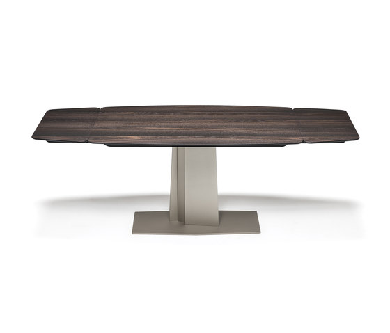 Duffy Wood Drive by Cattelan Italia | Dining tables