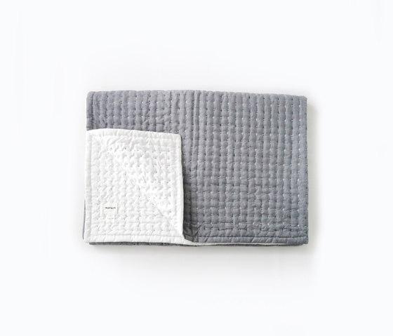 Blanket | L by Moheim | Plaids