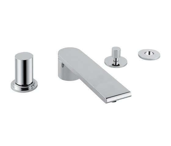 Toko | 4 Hole Bath/Shower Mixer by BAGNODESIGN | Shower controls