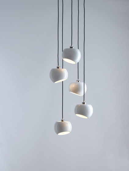 White Moons 5 Chandelier de Licht im Raum | Suspensions