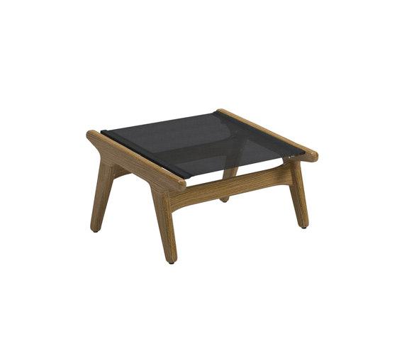 Bay Footstool von Gloster Furniture GmbH   Poufs / Polsterhocker