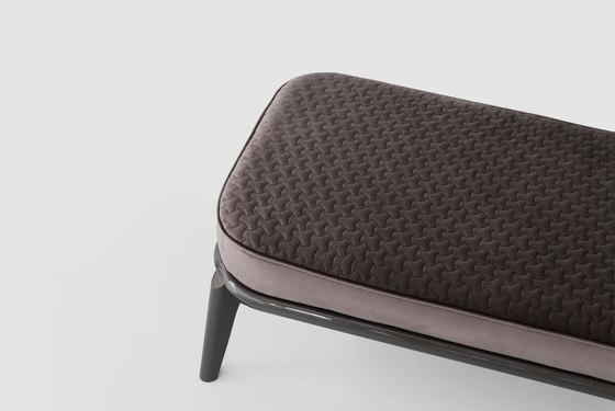 1743 pouff von Tecni Nova | Sitzbänke
