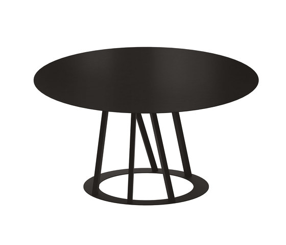 Big Irony Round Table by ZEUS | Dining tables