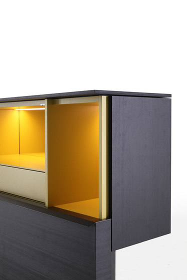 Gallery low cupboard by PORRO | Cabinets