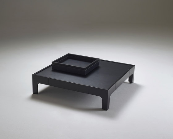 Pullman coffe table by Promemoria | Lounge tables