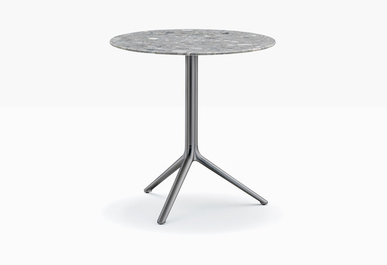 Elliot 5470T by PEDRALI | Bistro tables